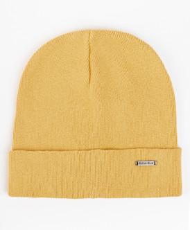 Охряная вязаная шапка
