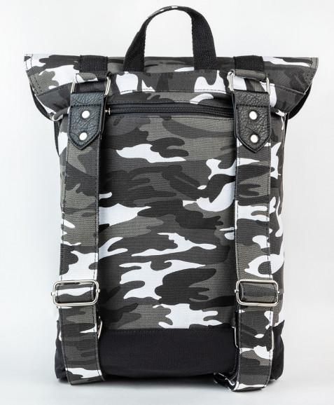Серый рюкзак с орнаментом