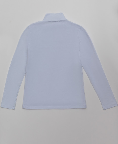 Белая водолазка с вышивкой